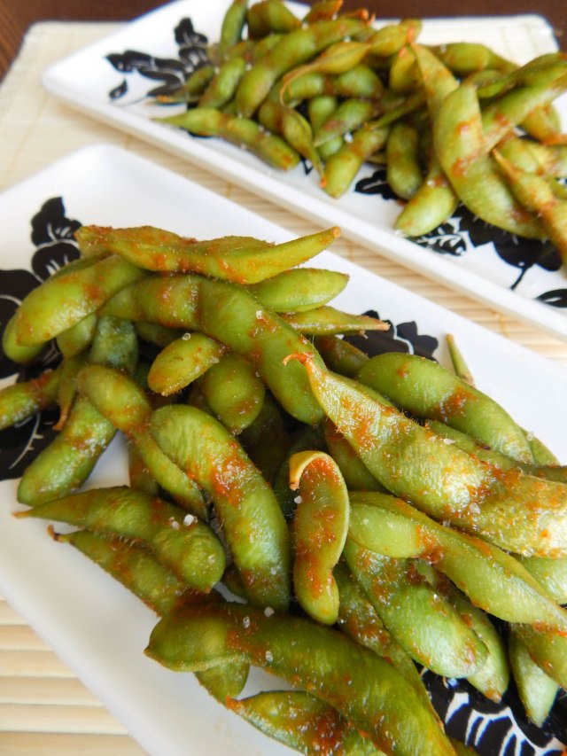 how to eat edamame as a snack