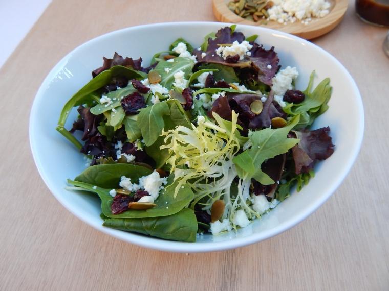 Cranberry Feta Pumpkin Seed Fall Salad Balsamic Vinaigrette (3)