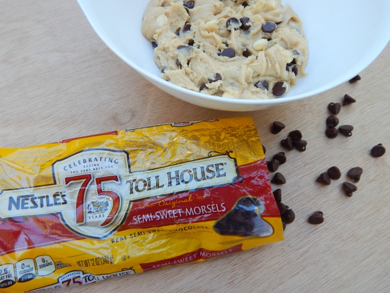 Tuxedo Chip Cookies 3