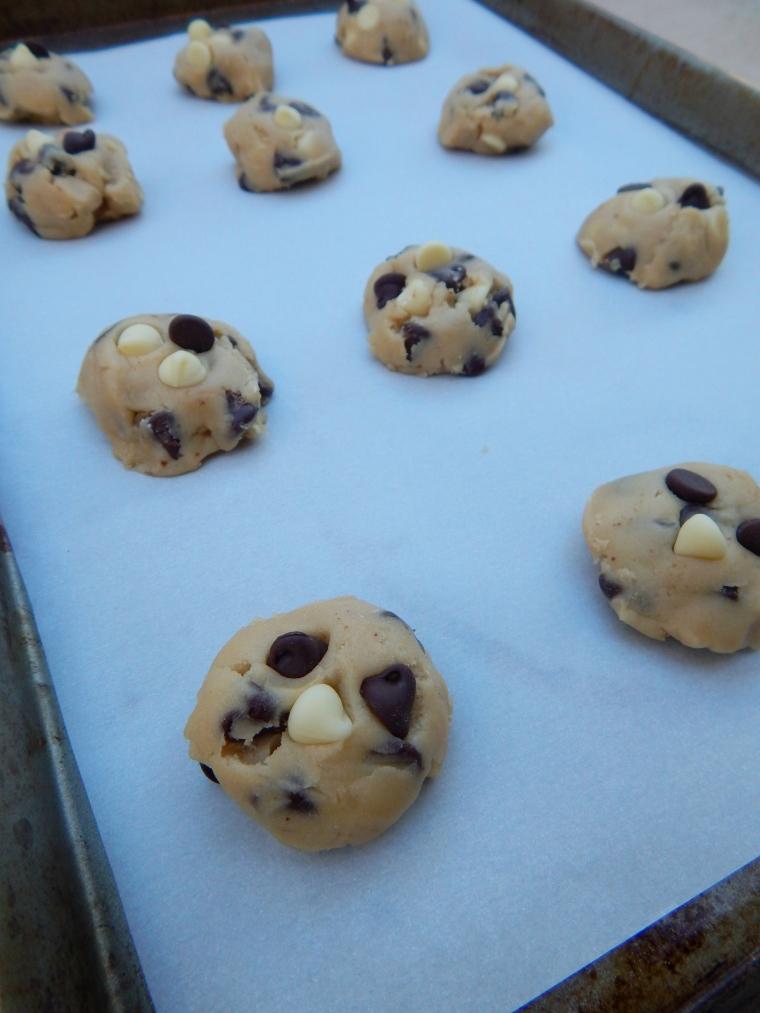 Tuxedo Chip Cookies 4