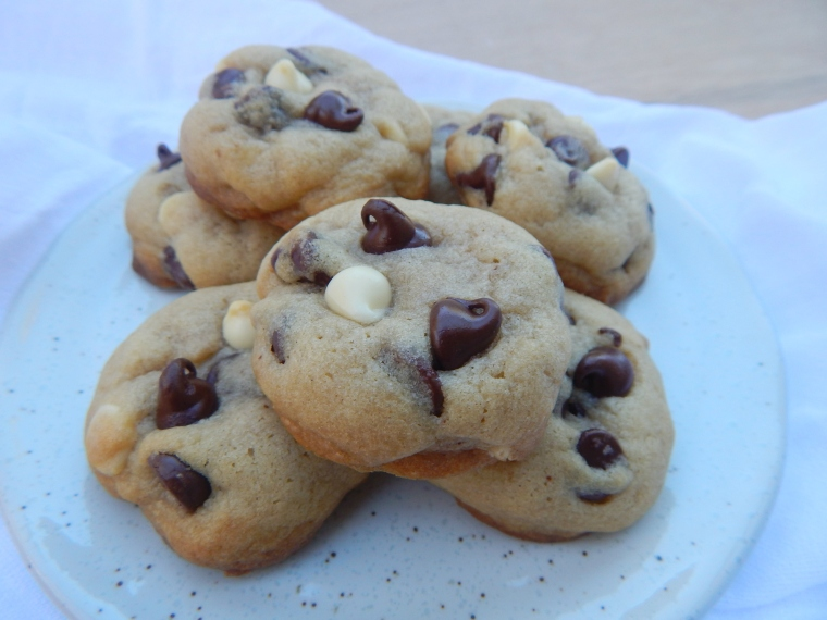 Tuxedo Chip Cookies 6