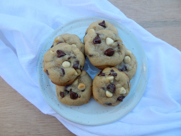 Tuxedo Chip Cookies 7